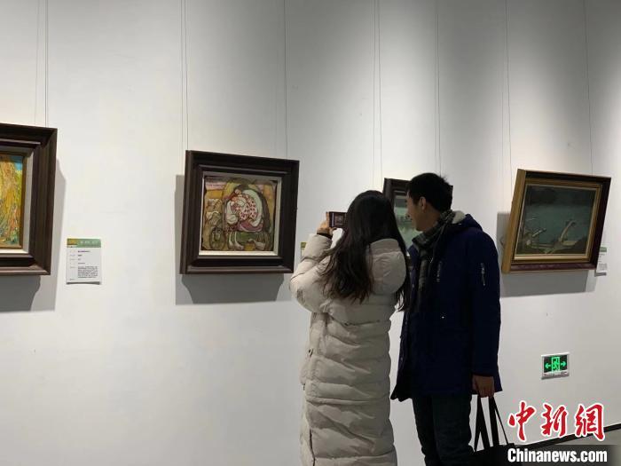 """""""美如光影的流泛——俄罗斯·乌克兰油画精品展""""在哈尔滨举行"""
